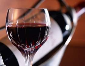 10 Лучших марок грузинского вина фото