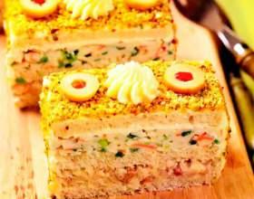 Бутербродный торт с сельдью и крабовыми палочками фото