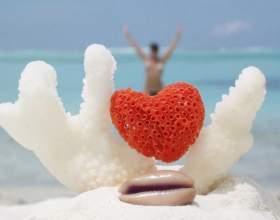 Что дарят на коралловую свадьбу фото