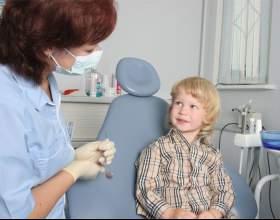 Что делать, если у ребенка налет на зубах фото