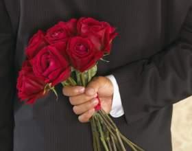 Что подарить девушке на 8 марта фото