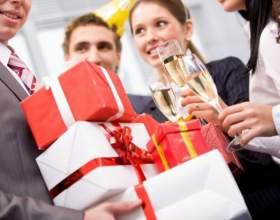 Что подарить начальнице на новый год фото