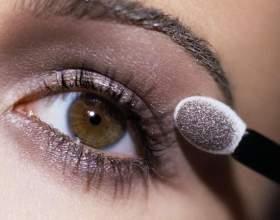 Дневной макияж: глаза и губы фото