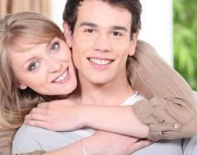 Если мужчина намного моложе женщины: 5 плюсов и 5 минусов в отношениях фото