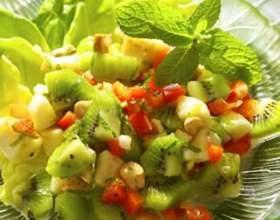 Фруктовый салат с йогуртовой заправкой фото