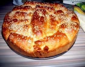 Итальянский хлеб на молоке с сыром фото
