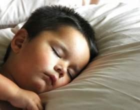 Как быстро уложить ребенка спать фото