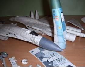 Как делать бумажные самолёты фото