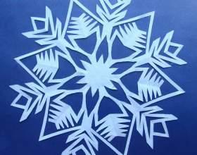 Как делать снежинки из салфеток фото