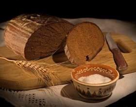 Как испечь хлеб в русской печи фото