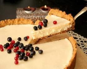 Как испечь скорый пирог с ягодами фото