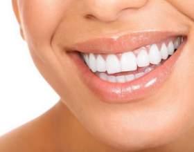 Как избавиться от желтого налета на зубах фото