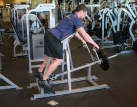Как качать мышцы на тренажере фото