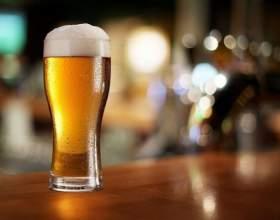 Как налить пиво в бокал, чтобы не было пены фото