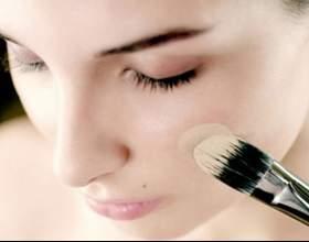 Как наносить тональный крем кистью фото