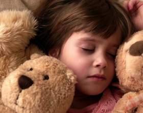 Как научить малыша спать ночью фото