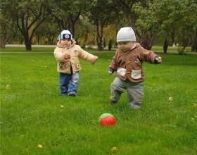 Как научить ребенка играть в футбол фото