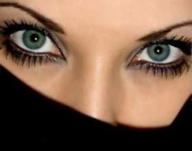 Как научиться смотреть людям в глаза фото