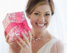 Как оформить подарок на свадьбу фото