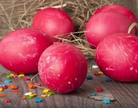 Как окрасить яйца на пасху свекольным соком фото
