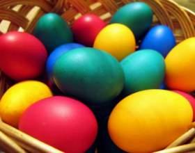 Как окрасить яйца фото