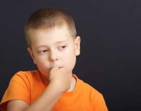 Как отучить малыша от привычки грызть ногти фото