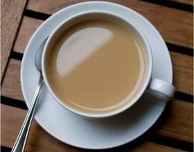 Как пить чай с молоком фото