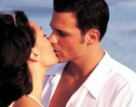 Как поцеловать в губы фото