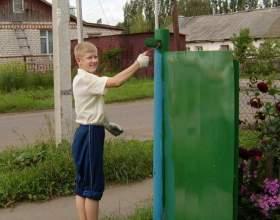 Как покрасить ворота фото