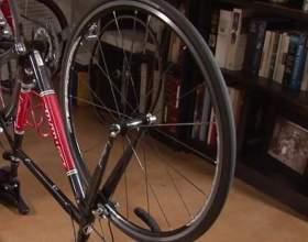 Как поменять колесо велосипеда фото