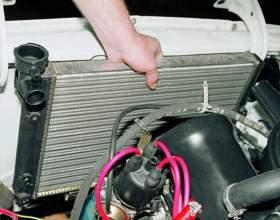 Как поменять радиатор охлаждения на ваз 2104 фото
