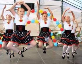 Как поставить детский танец фото