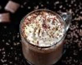 Как приготовить ароматный горячий шоколад фото