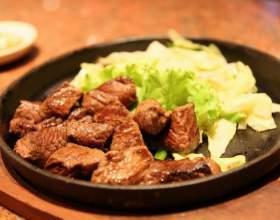 Как приготовить говядину в винном маринаде фото