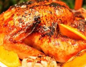 Как приготовить курицу целиком в духовке фото