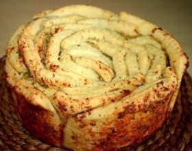 """Как приготовить """"обезьяний хлеб"""" с чесноком фото"""
