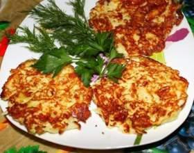 Как приготовить оладьи из цветной капусты с пармезаном фото