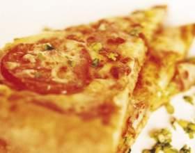 Как приготовить пиццу с колбасой фото