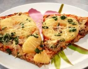 Как приготовить пиццу с курицей и ананасами фото