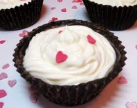 Как приготовить пирожные с шоколадным ганашем и кремом фото
