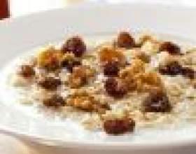 Как приготовить здоровый завтрак: вкусная овсянка фото