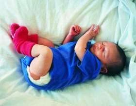 Как приучить новорожденного к кроватке фото