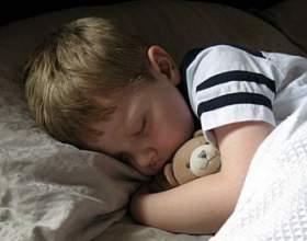 Как приучить ребенка к его кровати фото