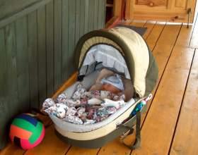 Как приучить ребёнка к коляске фото