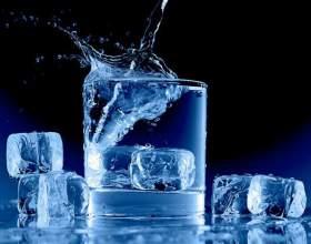 Как приучить себя пить больше воды? фото