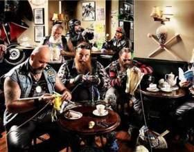 Как проходит всемирный день вязания на публике фото