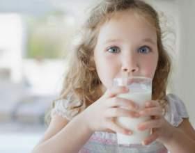 Как проявляется аллергия на молочные продукты фото