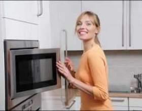 Как просто очистить микроволновку от жира? фото