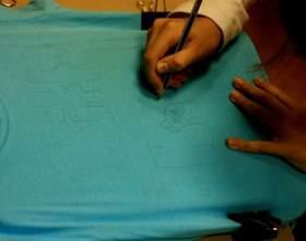 Как рисовать краской на одежде фото