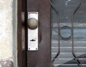 Как самому поменять дверной замок фото